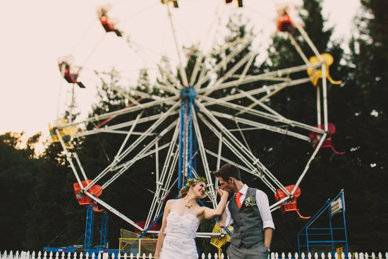 Ferris Wheel Wedding Photo
