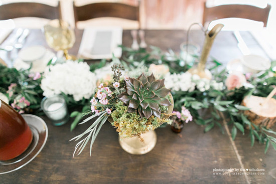 Ceadrwood_Weddings_Brass_Succulents