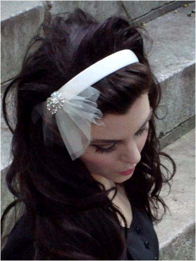 Nat-ny-look-book-vintage-inspired-bridal-hair-accessories-headbands-veils.full