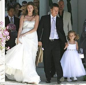 photo of Mark Wahlberg Married Longtime Girlfriend, Model Rhea Durham, On Saturday!