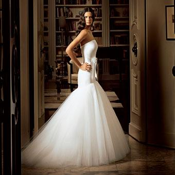 Romona-keveza-tulle-wedding-dress-drop-waist-trumpet-white-strapless.original