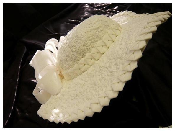 Toilet-paper-wedding-dress-new-york-magazine-japanese-origami-detail-hat.full