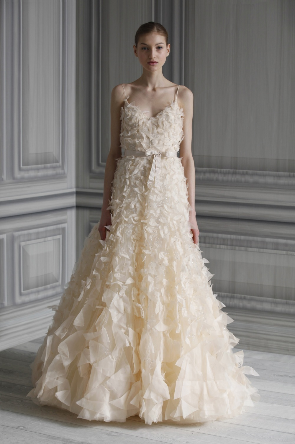 Wedding-dress-monique-lhuillier-bridal-gowns-spring-2012-flutter.full