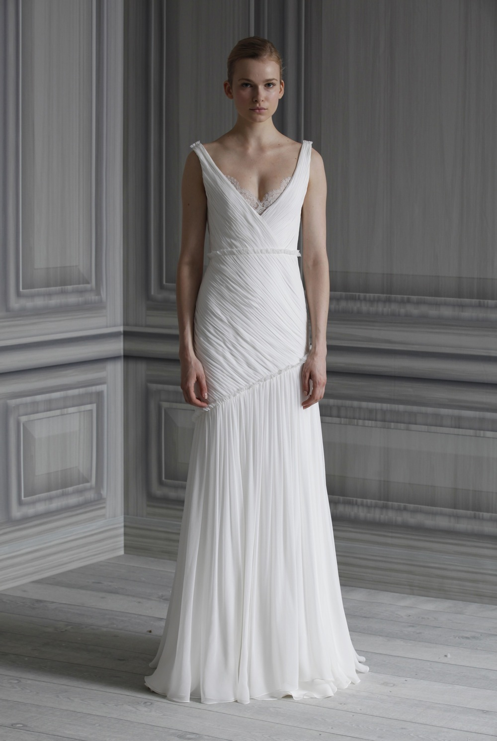 Wedding-dress-monique-lhuillier-bridal-gowns-spring-2012-fawn.full
