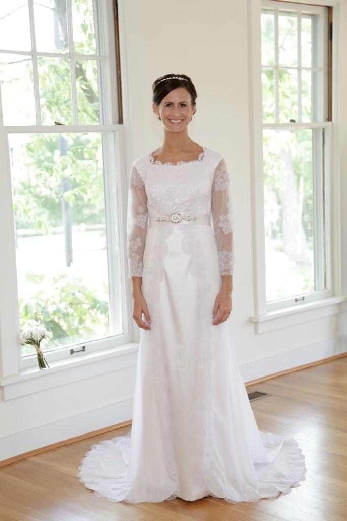 Modest-wedding-dress-selena-2.full