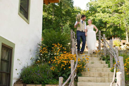 wedding picture on stairs