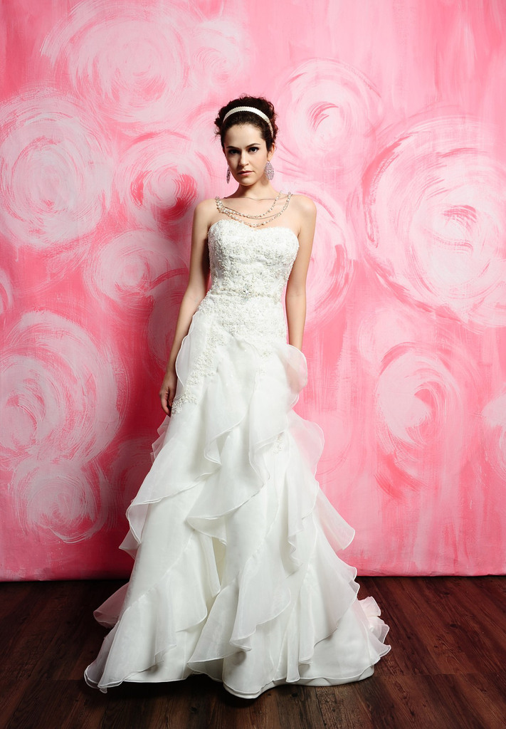 photo of 2389 Dress