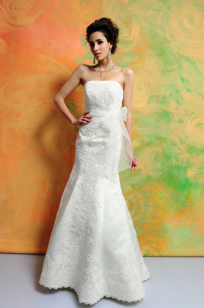 photo of 1399 Dress