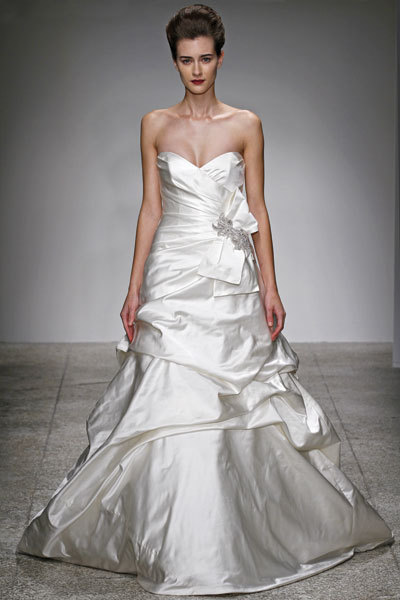 2012-kenneth-pool-wedding-dress-ivory-duchess-satin-a-line-sweetheart-neckline-miranda.full