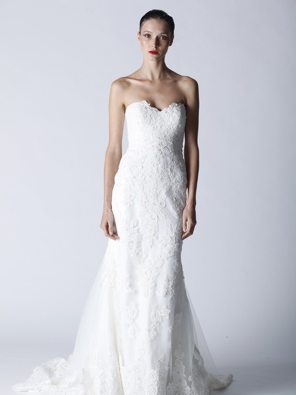 Fall-2011-mermaid-wedding-dress-white-sweetheart-lace-applique-4716.original