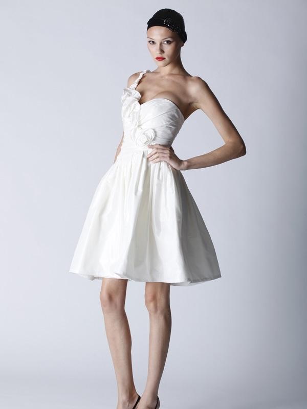 Fall-2011-4701-white-wedding-reception-dress-one-shoulder.full