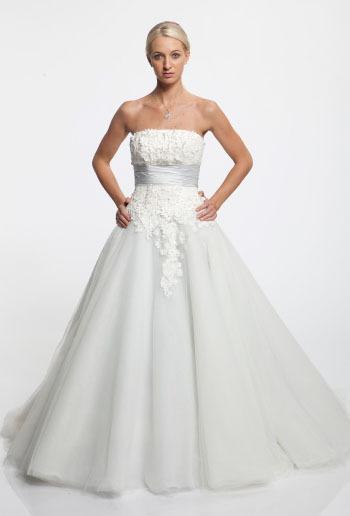 Aalia-bridal-2011-101-135.full