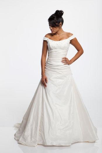 Aalia-bridal-2011-101-123.full