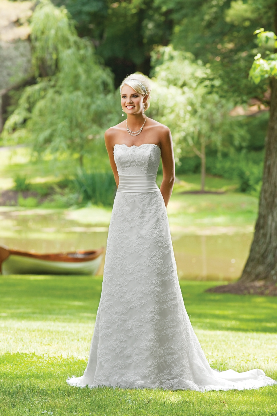 E231134-spring-2011-wedding-dress-2bebride-ki.original
