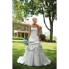 E231127-spring-2011-wedding-dress-kathy-ireland-2bebride-front.square