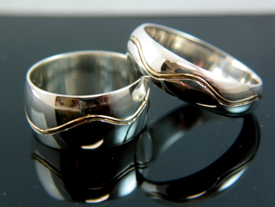 wave wedding bands