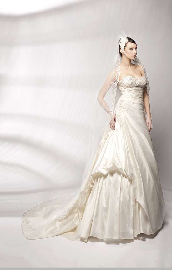 photo of 4029 Dress