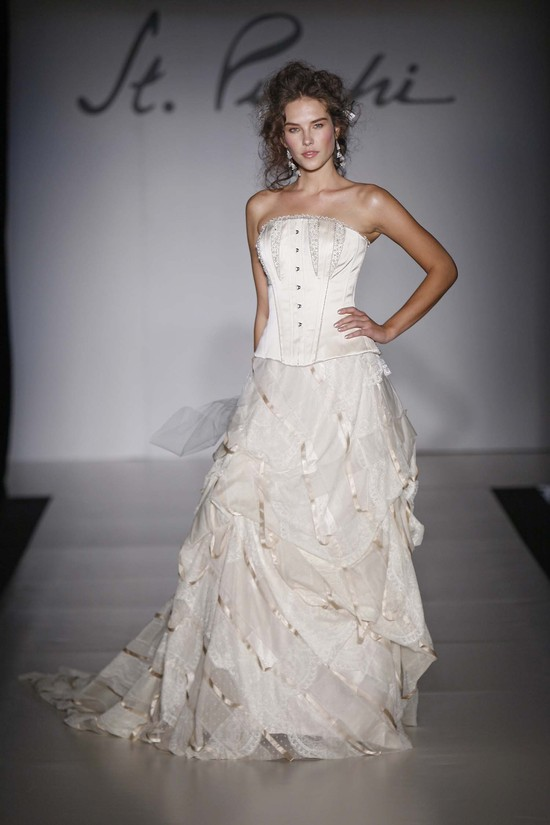 photo of 9382 Dress