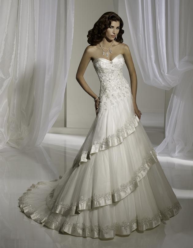 Y11110-spring-2011-wedding-dress-sophia-tolli-front.full