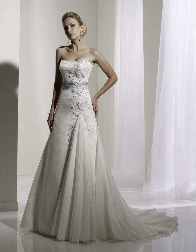 Y11108-spring-2011-wedding-dress-sophia-tolli-front.full