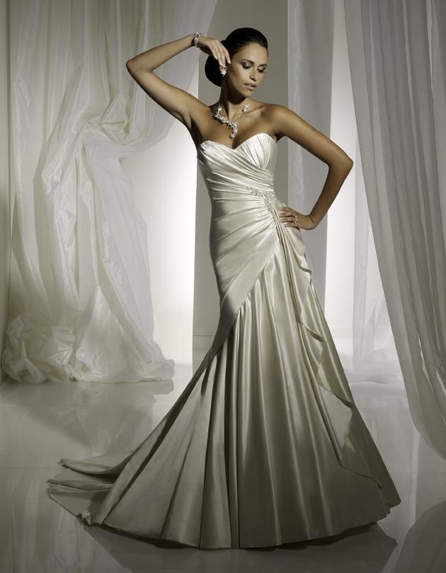 Y11102-2011-wedding-dress-sophia-tolli-front.full