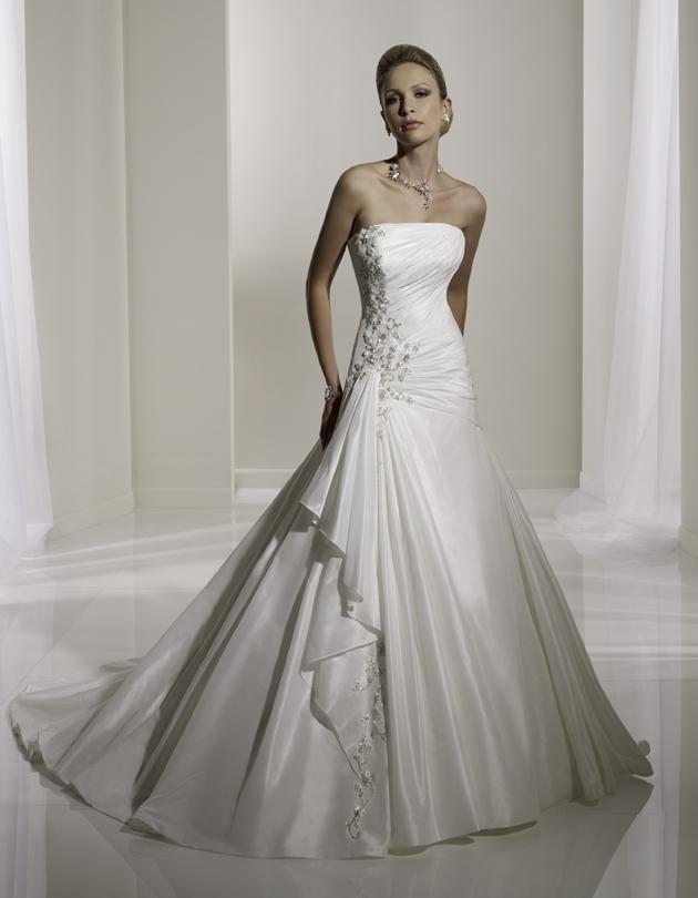 Y11101-2011-wedding-dress-sophia-tolli-front.full
