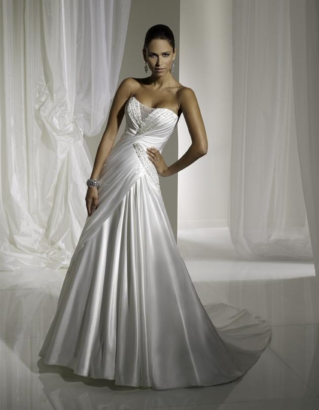 Y11100-sophia-tolli-wedding-dress-front.full