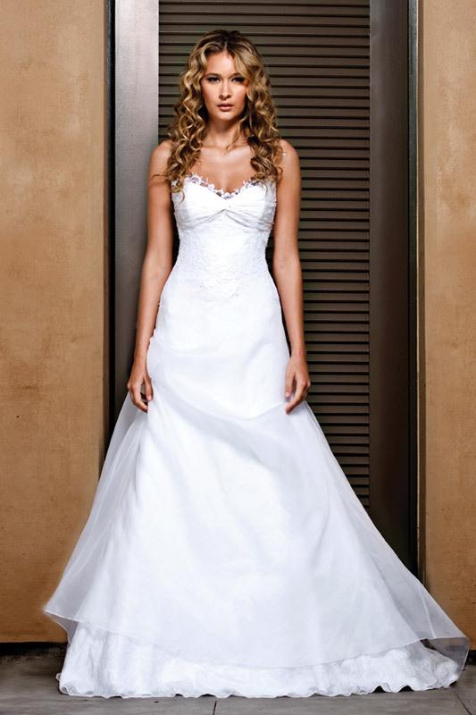 Jenny-lee-wedding-dress-2011-1103-a-line-sweetheart-lace-wedding-dress.full