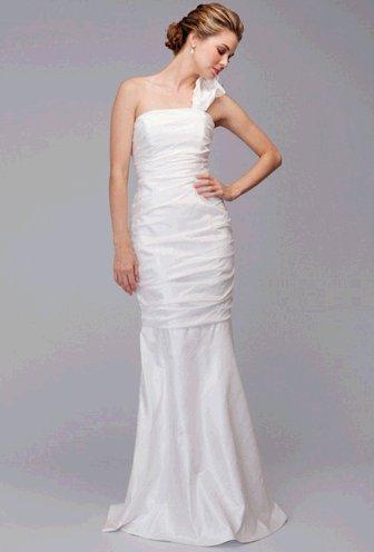 9344-santa-cruz-siri-wedding-dress.full