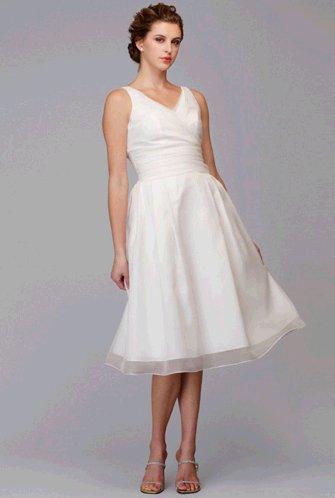 5953-peggly-lee-siri-wedding-dress.full