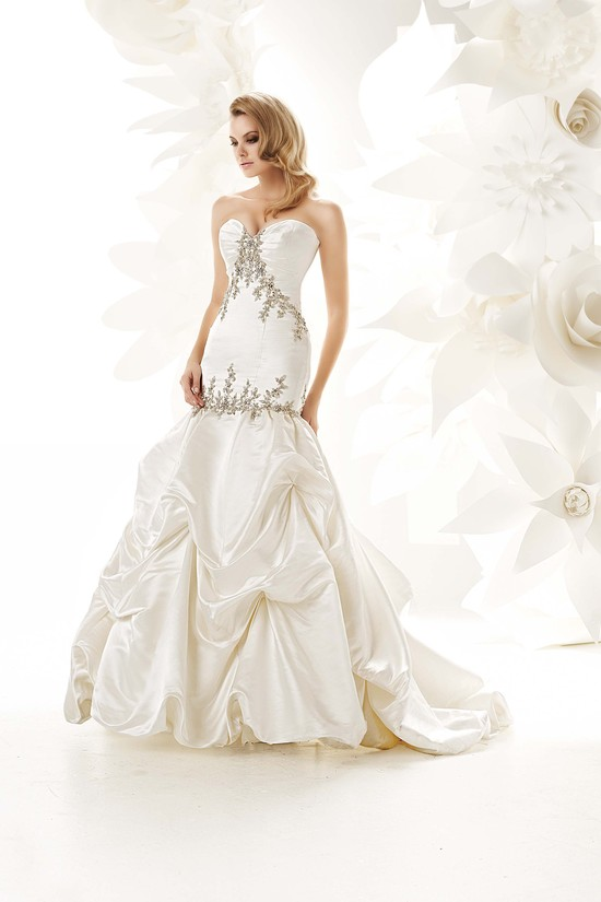 photo of 90017 Dress
