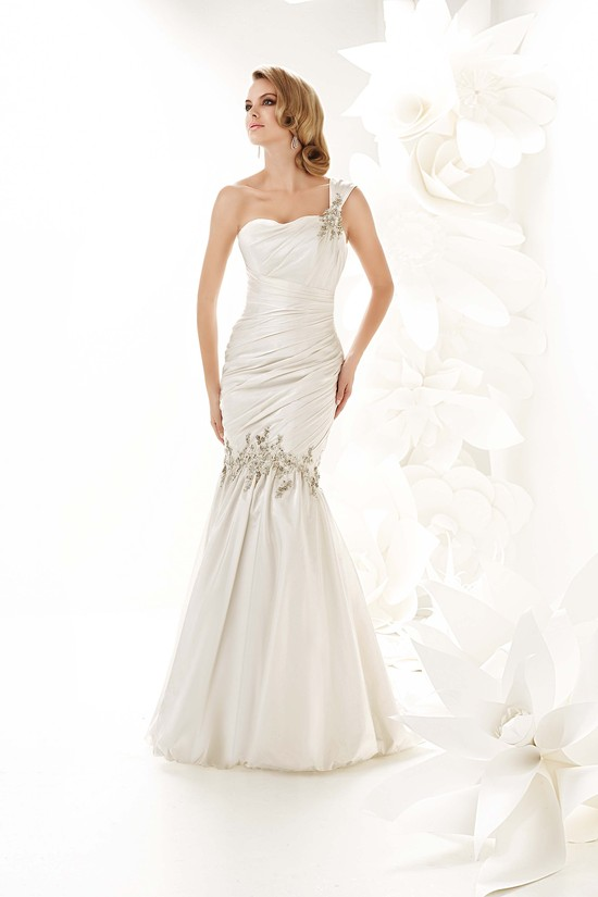 photo of 90011 Dress