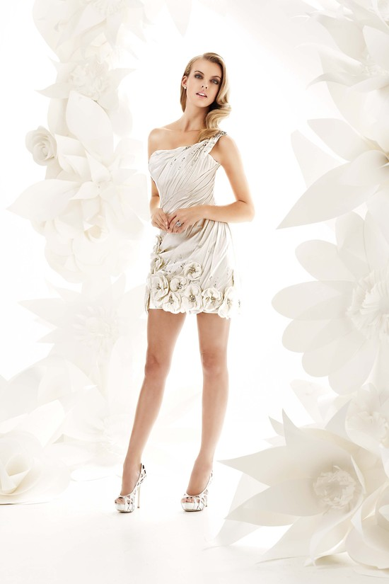 photo of 9002 Dress