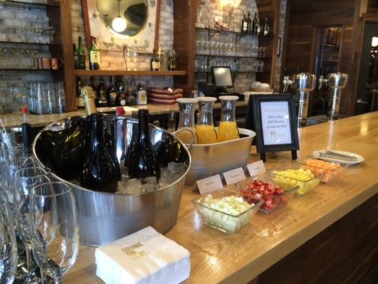photo of Humble Wine Bar