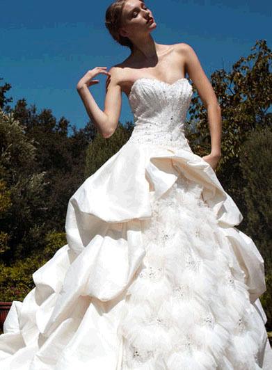 Pattis-bridal-wedding-dresses-ivonne.full