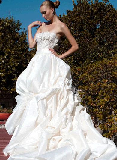 Pattis-bridal-wedding-dresses-irina.full
