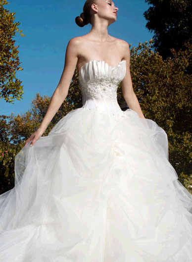 Pattis-bridal-wedding-dresses-iona.full