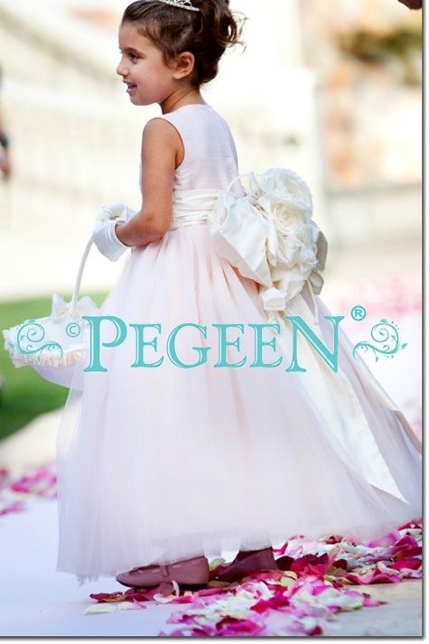 Pegeen-flower-girl-dresses-style-402-signature-bow