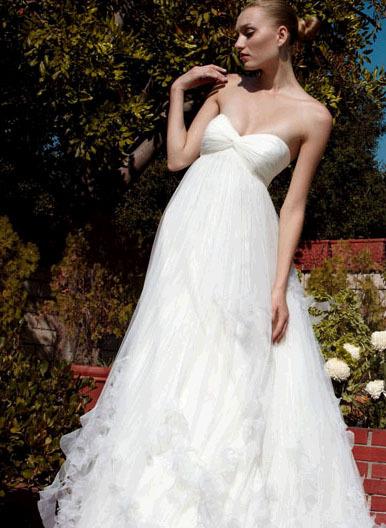 Pattis-bridal-wedding-dresses-ilanna.full