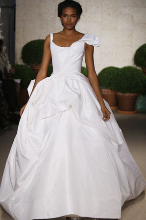 Oscar-de-la-renta_wedding-dress-spring-2011-22n73.full