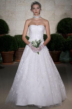 Oscar-de-la-renta_wedding-dress-spring-2011-22e27.full