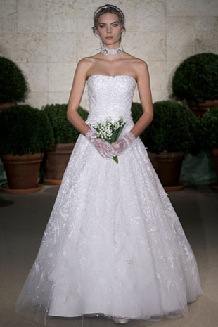 Oscar-de-la-renta_wedding-dress-spring-2011-22e27.original