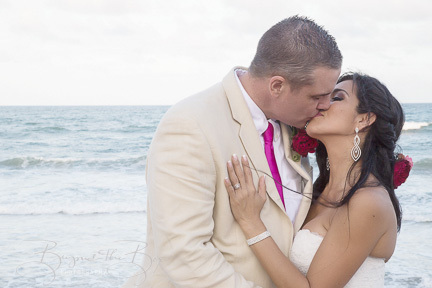 Reynolds Wedding- Wedding Photography-Hawaii-Florida-International -Debi Buck  (272 of 740)