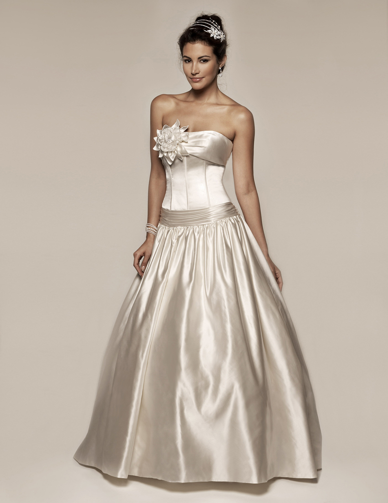 photo of 9109 Dress