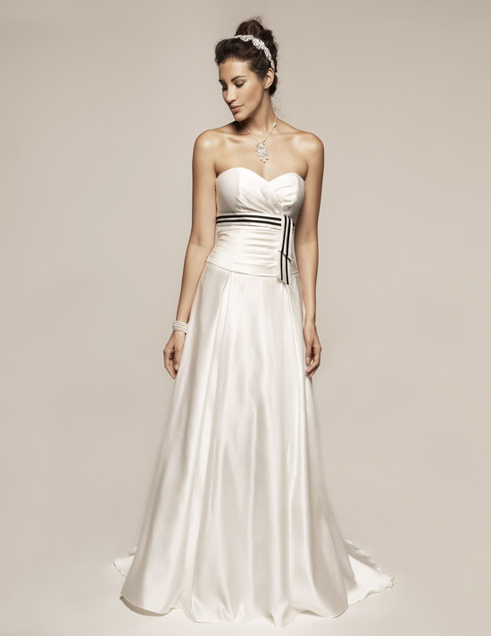 photo of 8355 Dress