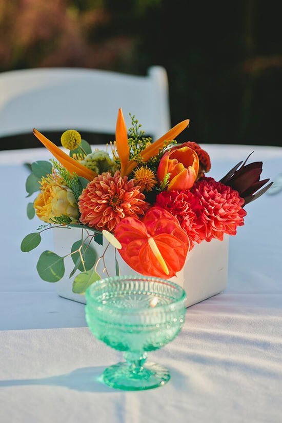 Tropical table arrangement 2