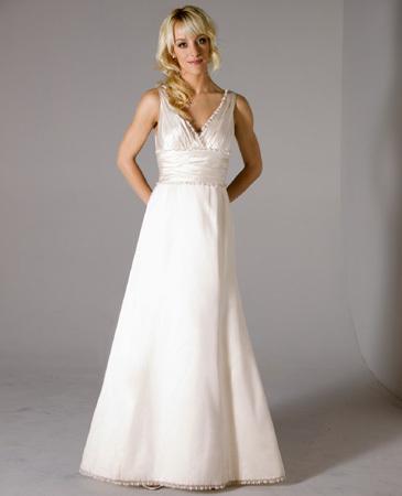 Janet-nelson-kumar-2011-wedding-dress-jasmine.full