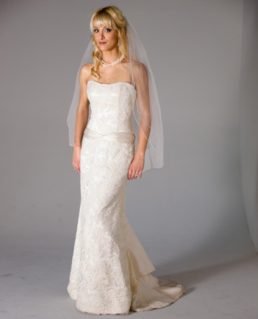 Janet-nelson-kumar-2011-wedding-dress-freesia.full