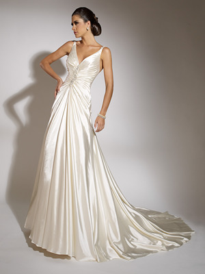 19864_2011-v-neck-wedding-dress-jacqueline-exclusive.full