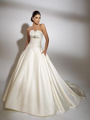19862_2011-wedding-dress-jacqueline-exclusive.full